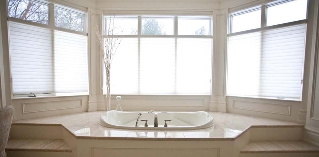 Van hoorn 39 s custom kitchens bathroom renovation home for Bathroom design grimsby